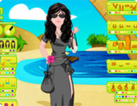 play Design Your Beach Look