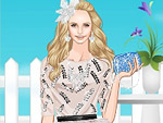 play Crystal Queen Dress Up