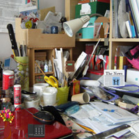 play Messy Office Room