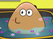 Pou Bathing Kissing game