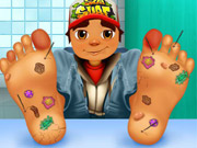 play Subway Surfer Foot Doctor Kissing