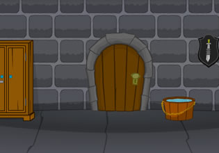 play The Wicked Step Sisters Escape
