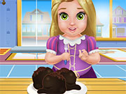 play Baby Rapunzel Cooking Cake Balls