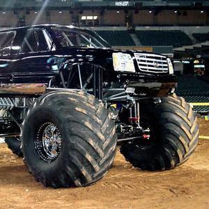 play Truck Parking 4X4