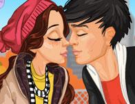 First Kiss Dressup game
