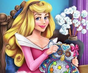 play Aurora'S Crafts