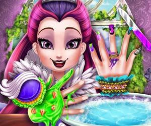 play Raven Queen Nails Spa