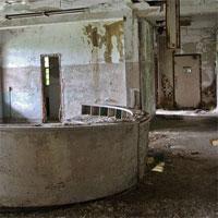 play Escape From Paronoid Asylum
