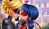 play Miraculous Hero Kiss