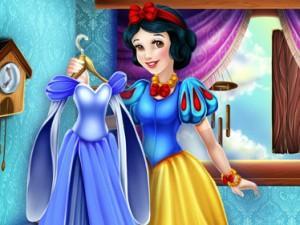 Snow White'S Closet game