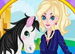 play Queen Elsa And Her Horse