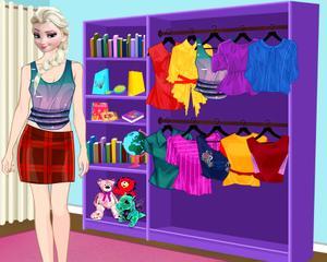 Elisa London Vacation Dress Up game