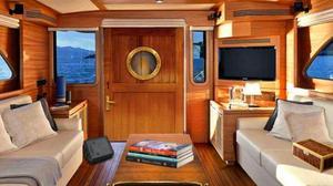 play Escape Game: Luxury Boat Escape