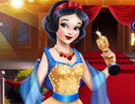 play Snow White Hollywood Glamour