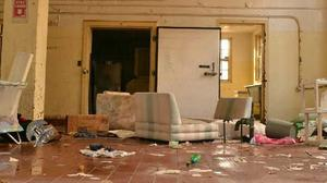 play Abandoned Rockland Center Escape