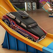 play Hot Wheels Track Builder