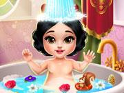 Snow White Baby Bath game