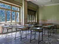 play Abandoned Schoolhouse Escape