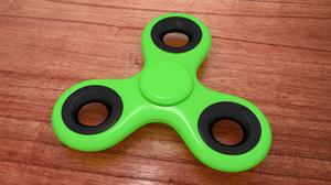 play Real Fidget Spinner