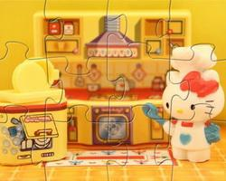 play Hello Kitty In The Kitchen