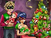 play Dotted Girl Family Christmas