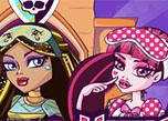 play Monster High Sorority House