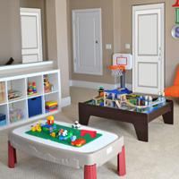 play Escape From Child Care Center