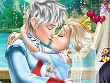 Ice Queen Wedding Kiss game