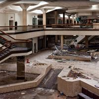 play Hidden Target-Abandoned Mall