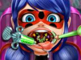 Dotted Girl Throat Doctor game