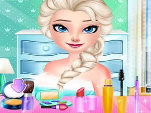 play Dress Up Decorate Make Up